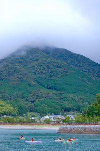 熊野古道八鬼山峠のふもとでシーカヤック